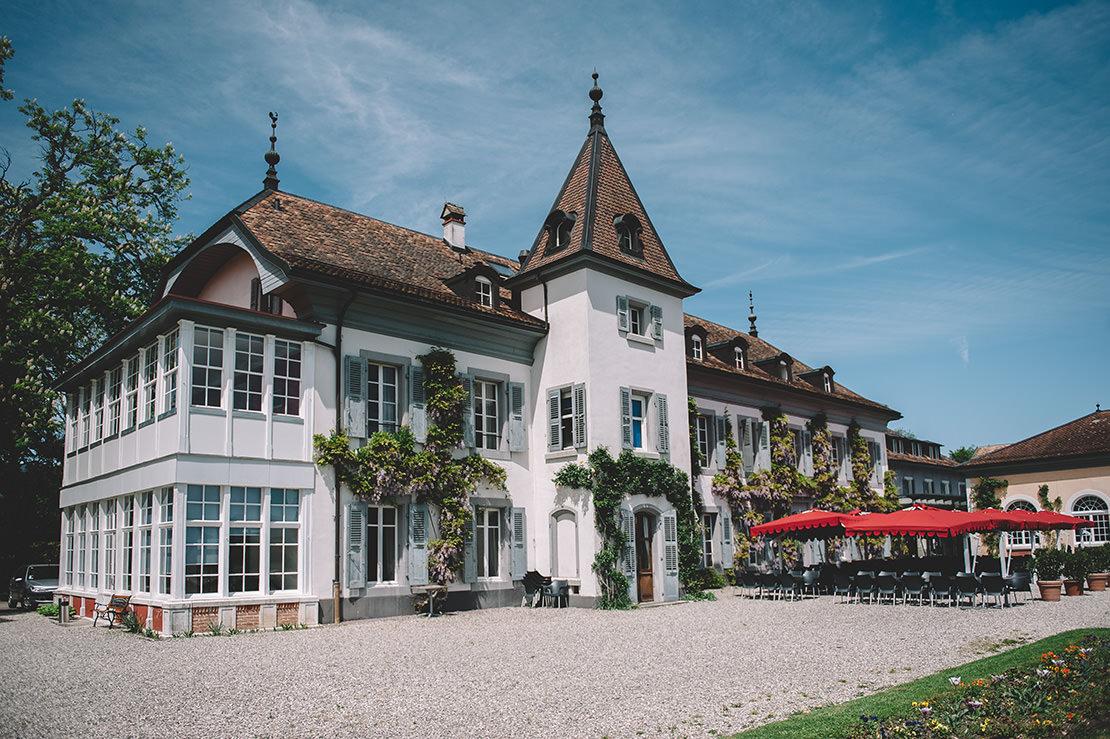 romantique-mariage-bleu-marine-au-chateau-bogis-bossey-vaud(2)