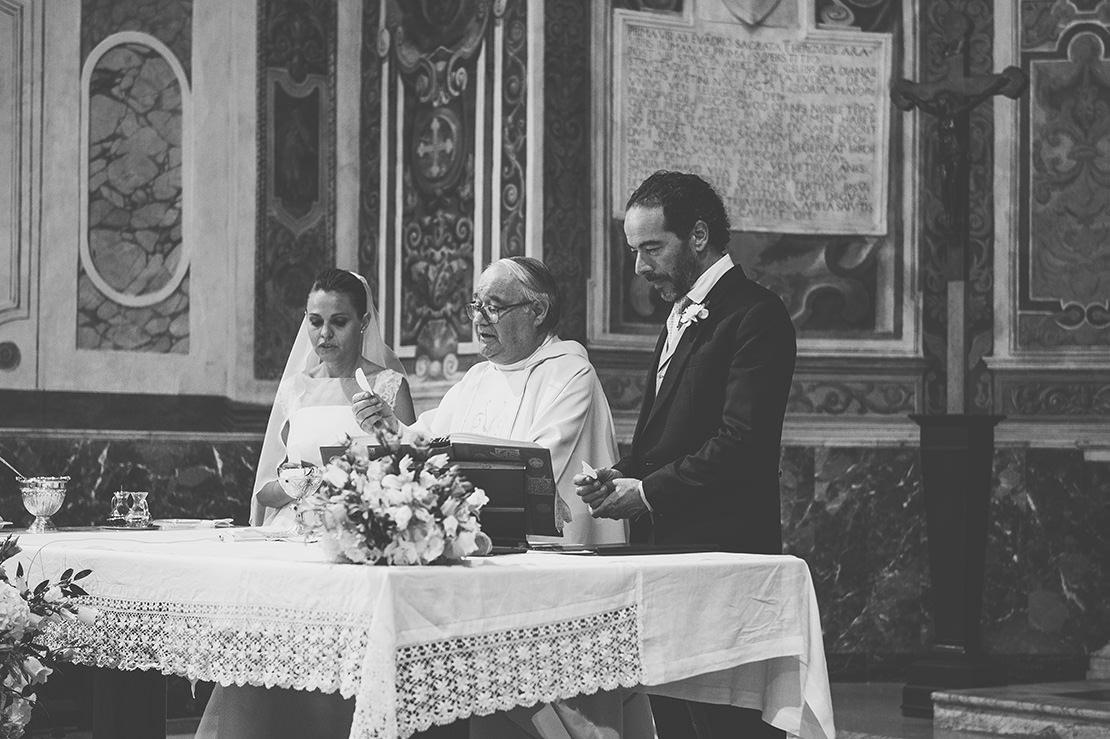 alessandra-&-giuseppe-élégant-mariage-rome-monika-breitenmoser-photographe-de-mariage-nyon(41)