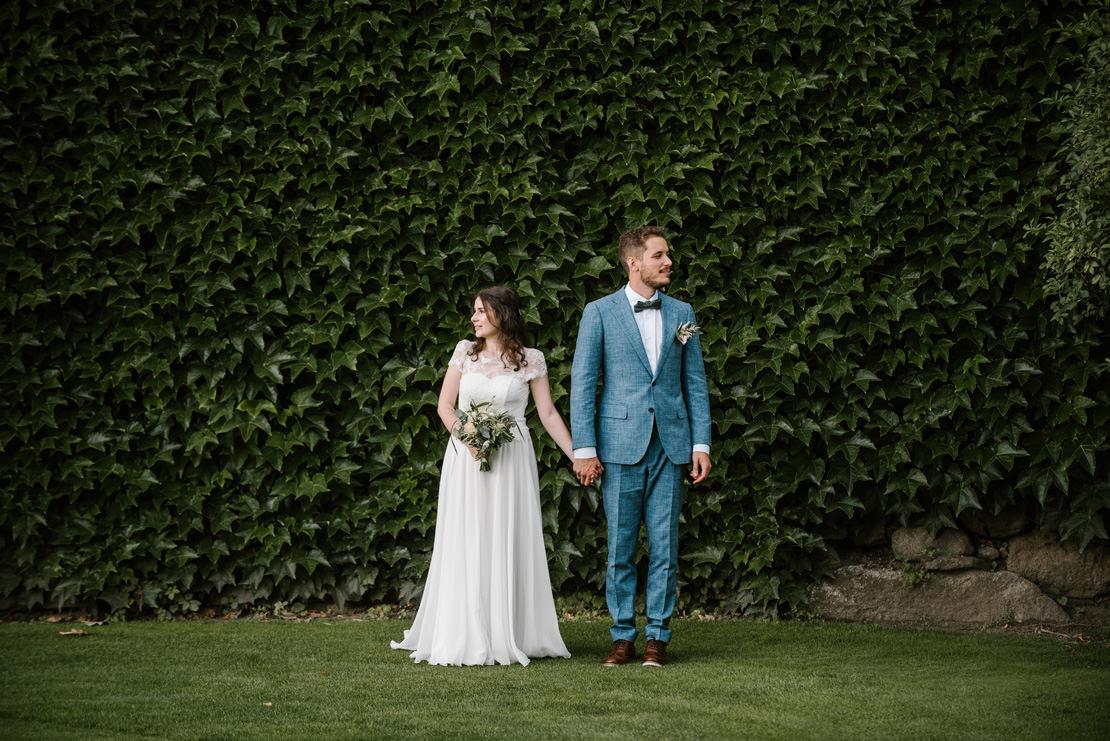 MARIAGE BOHÈME VÉGÉTAL AU CHÂTEAU DE VUISSENS breitenmoser photographe mariage geneve