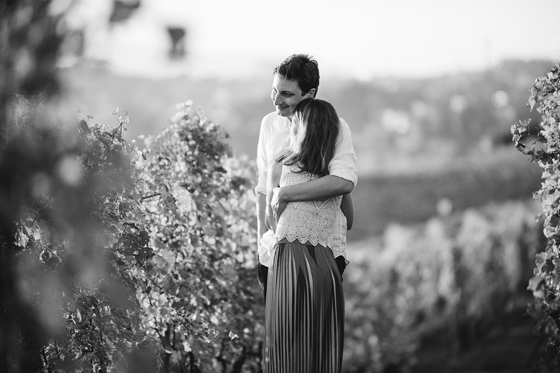 séance-engagement-lavaux-monika-breitenmoser-photographe-mariage-suisse-mariage-genève