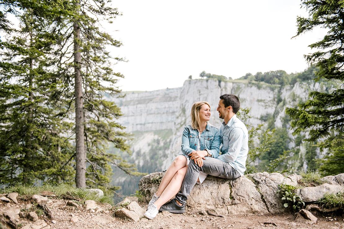 séance engagement creux du van photographe mariage suisse lausanne geneve nyon