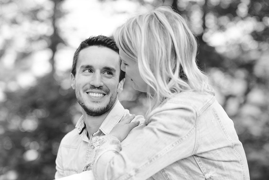 séance-engagement-creux-du-van-monika-breitenmoser-photographe-mariage-genève-suisse